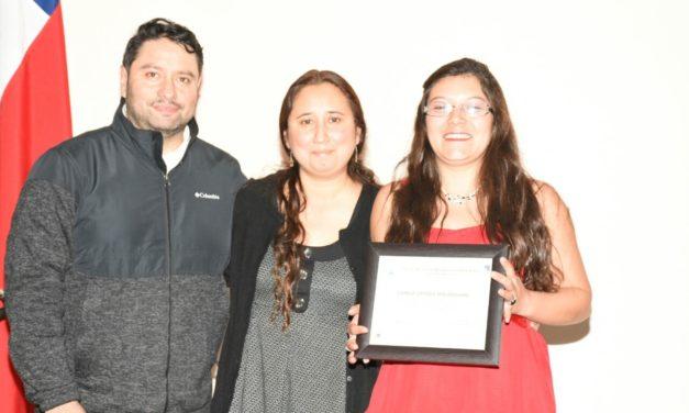 A través de charla informativa alumnos del CEIA Dr. Osvaldo Rojas conocen el mundo del emprendimiento