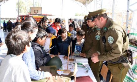 Con participación de variadas instituciones Escuela José Miguel Carrera celebra segunda Feria de Seguridad Escolar