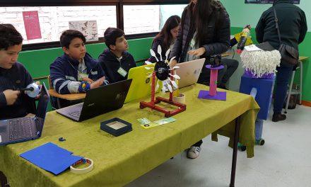 Feria científica y tecnológica reúne a establecimientos municipales en Escuela Río Blanco