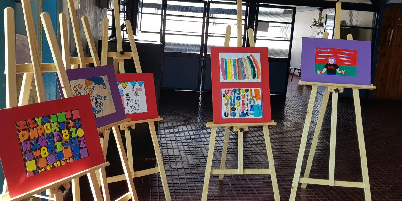 Pinturas de estudiantes de escuela valle andino serán protagonistas en exposición de arteterapia