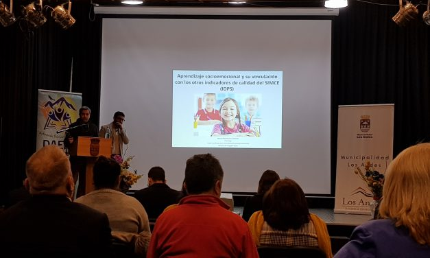Con seminario sobre buenas prácticas equipos técnicos de la red municipal de educación celebran el Día de la convivencia escolar