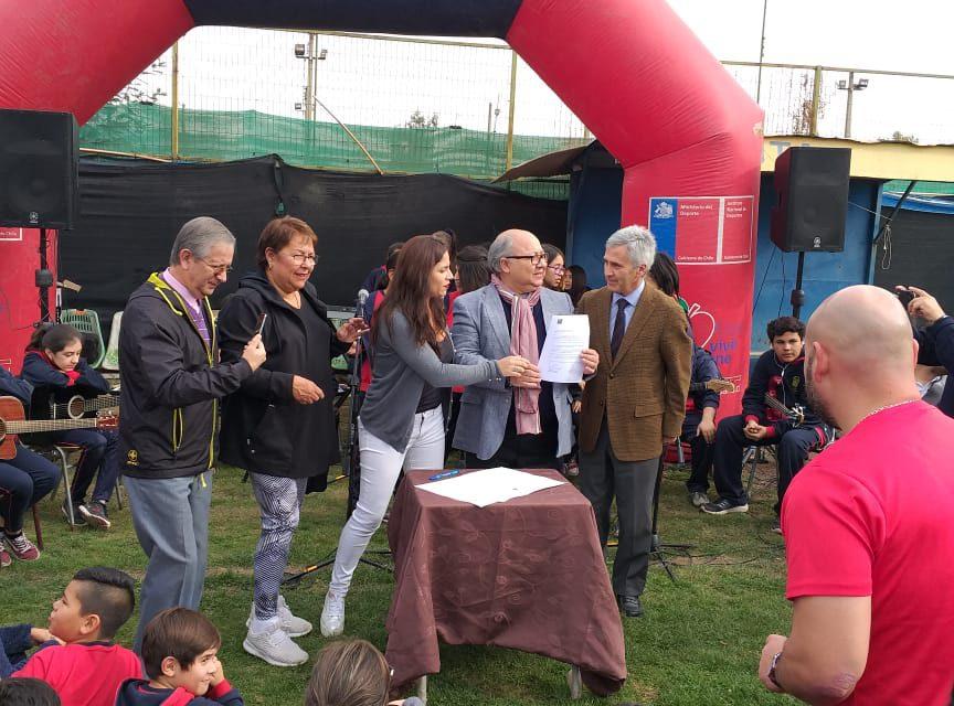 """Escuela España refuerza su compromiso con el deporte participando en Programa """"Crecer en Movimiento"""""""
