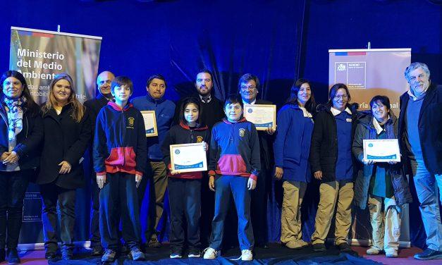 Escuelas municipales de Los Andes reciben certificación del Ministerio de Medio Ambiente