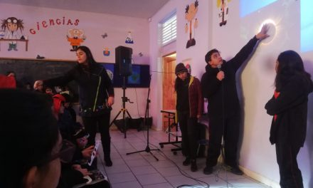 Escuela España impulsa la creatividad y conocimiento de sus estudiantes esperando el eclipse de sol