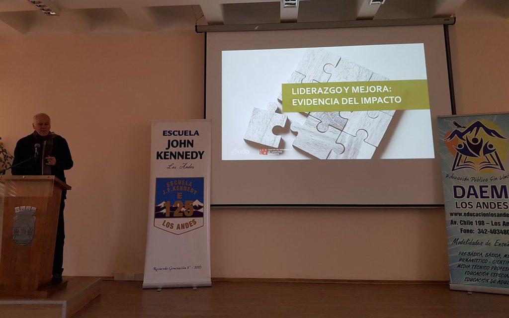 Conversatorio sobre educación convoca a directores y autoridades comunales