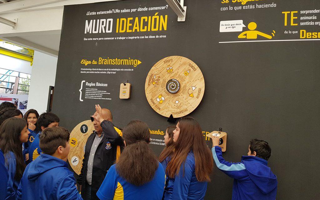 Con visitas guiadas Liceo Politécnico América muestra su Centro de Innovación a estudiantes de octavo básico