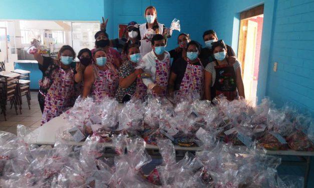 Olla solidaria de Escuela Gabriela Mistral llegó a distribuir más de 400 raciones de comida