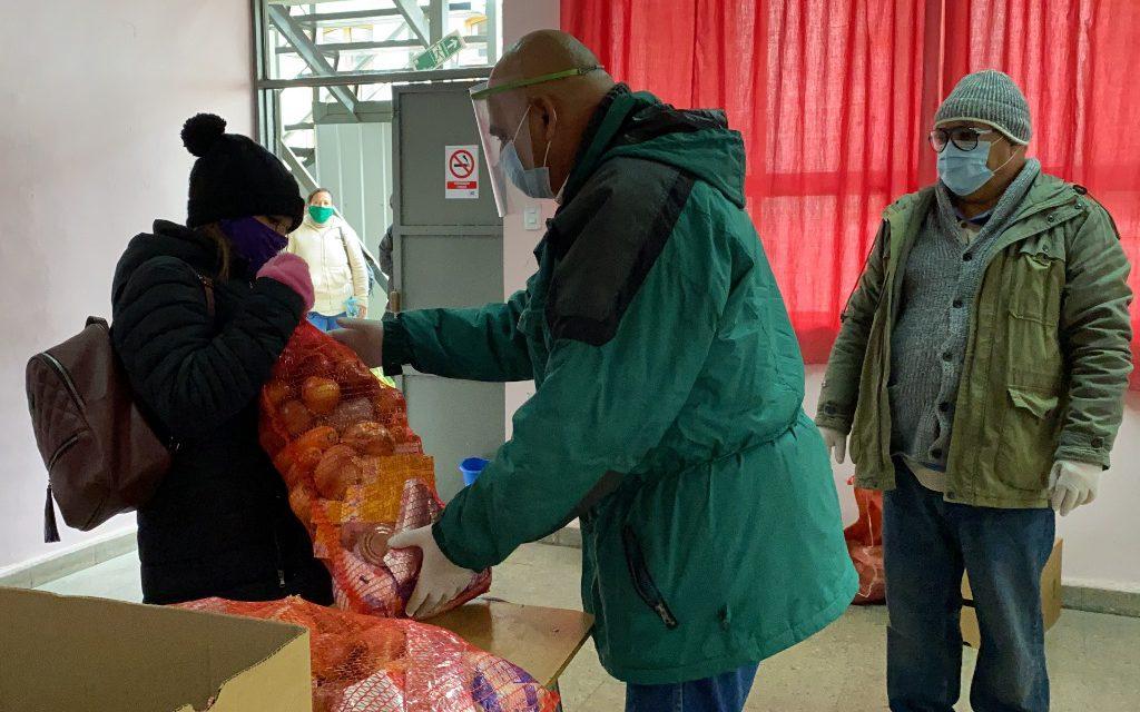 Entrega de alimentación Junaeb incorpora a la educación de adultos de Los Andes