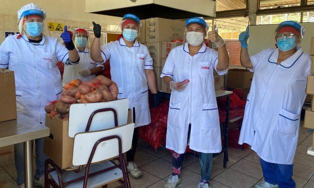 Manipuladoras de alimentos: pieza clave en la entrega de nutrición a miles de escolares en Los Andes