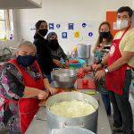 En Escuela Gabriela Mistral invitan a sumarse a donaciones para olla solidaria