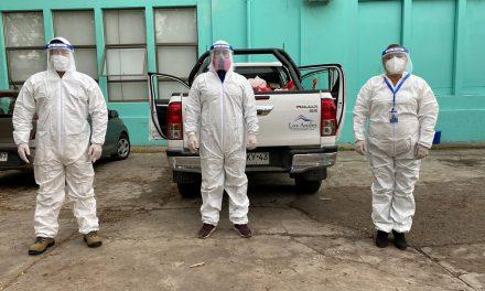 DAEM Los Andes entregó a domicilio canastas de alimentación Junaeb a casos positivos de Covid-19