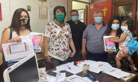 Recibiendo modernas tablets, alumnos de Liceo Técnico Amancay inician sus prácticas profesionales